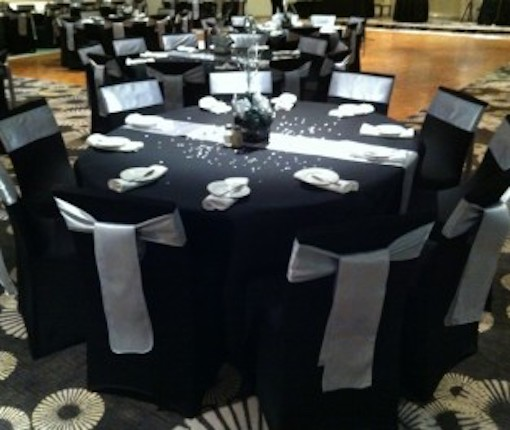 Tablecloth for Round Banquet Table (black)