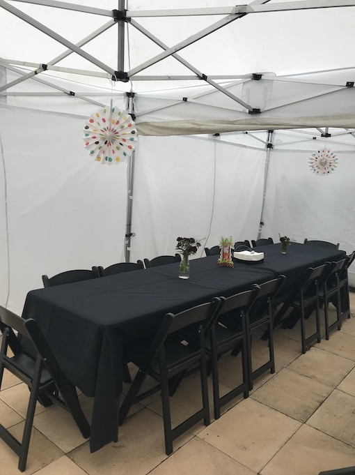 Black tablecloth for standard trestle table